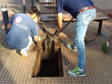 El municipio concretó trabajos de limpieza en la Plaza 9 de Julio